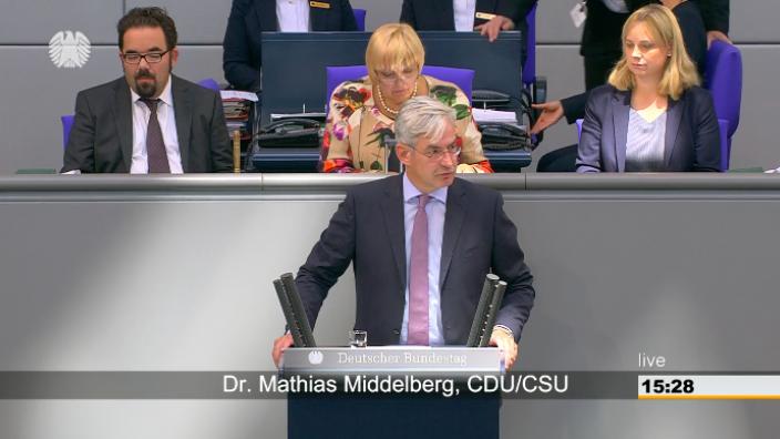 TOP ZP 5 Aktuelle Stunde zum Agieren der Bundesregierung in Sachen Chemnitz und in der Causa Maaßen